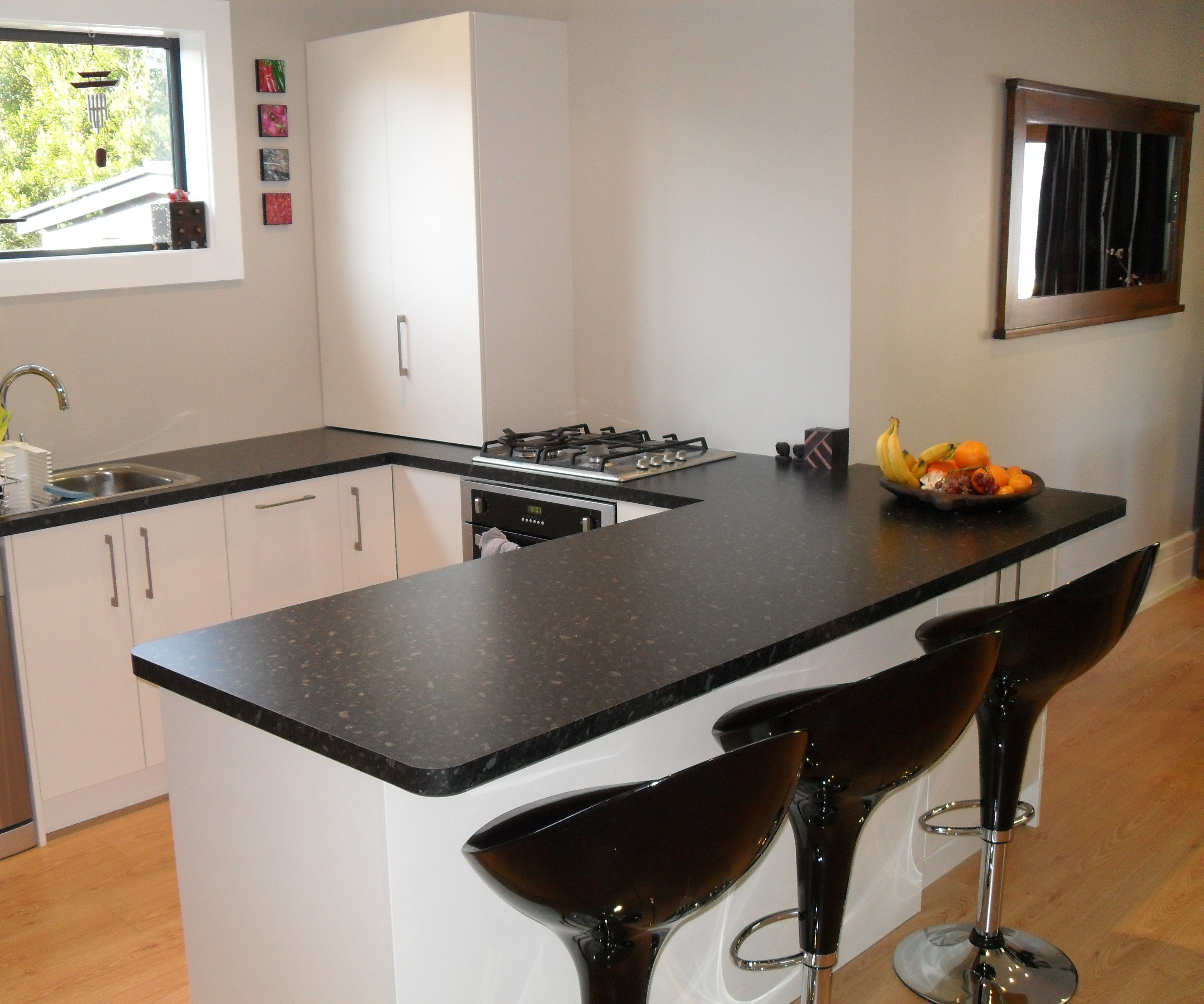 Ryan's Kitchens And Joinery