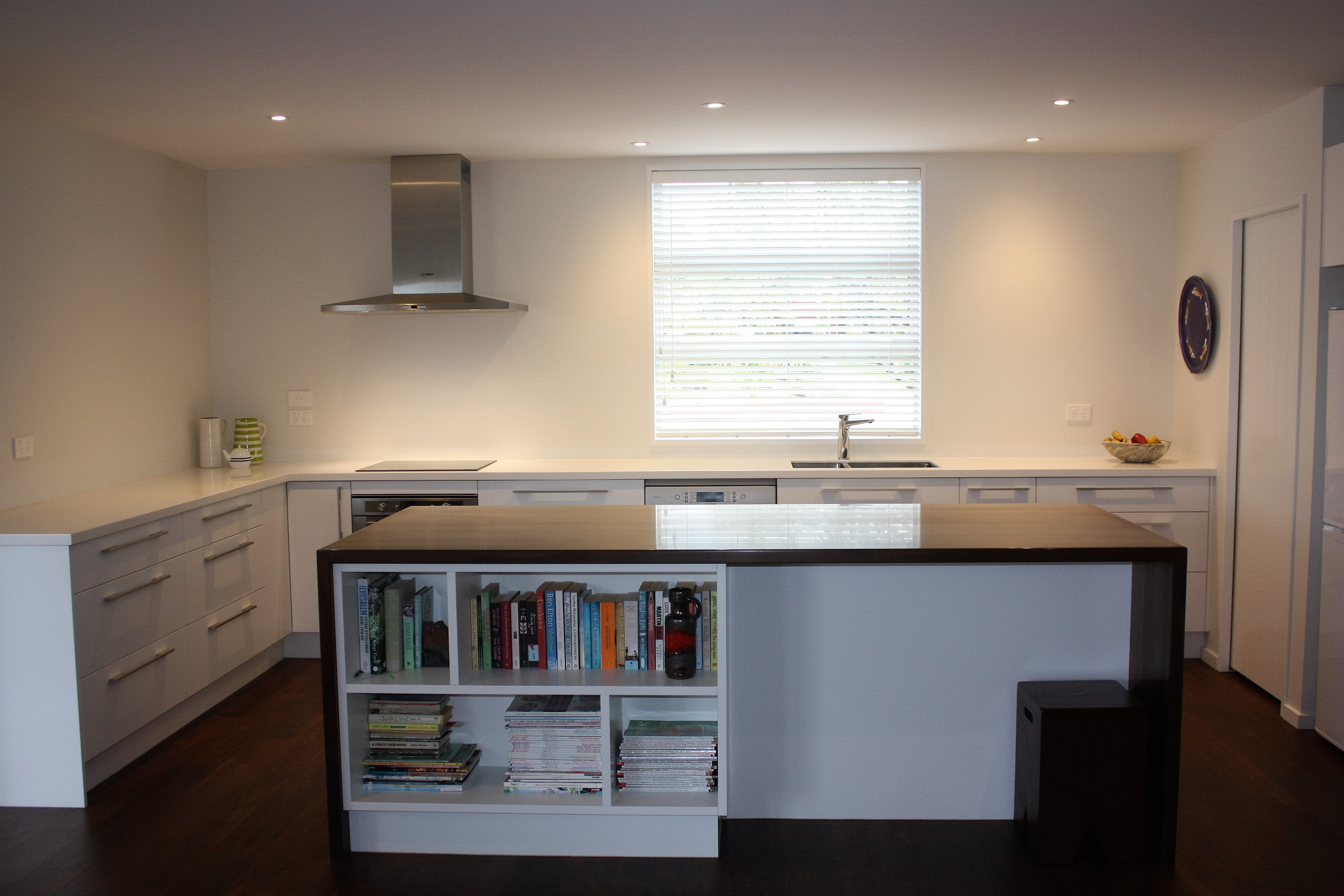 Melteca Warm White   Ryan's Kitchens And Joinery